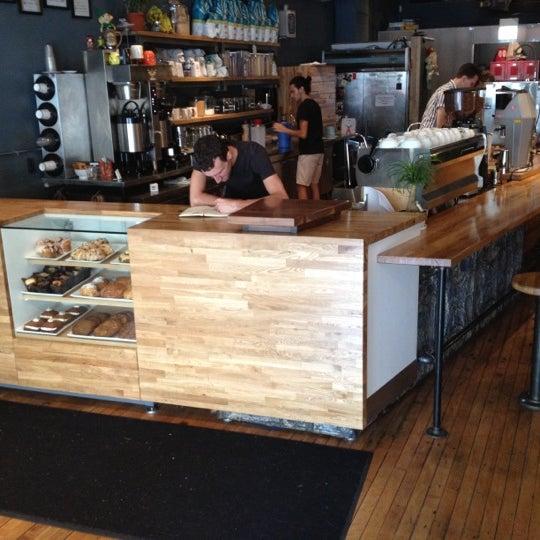 7/14/2012에 Kevin R.님이 The Wormhole Coffee에서 찍은 사진