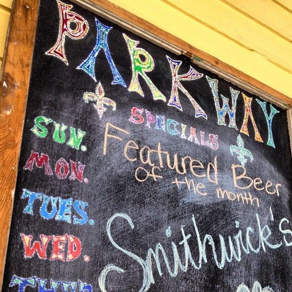 3/14/2012にAaron S.がParkway Bakery & Tavernで撮った写真