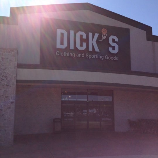 Dick's sporting complex cranberry township pa