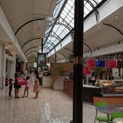 7/24/2012 tarihinde Denchickziyaretçi tarafından Tysons Corner Center'de çekilen fotoğraf