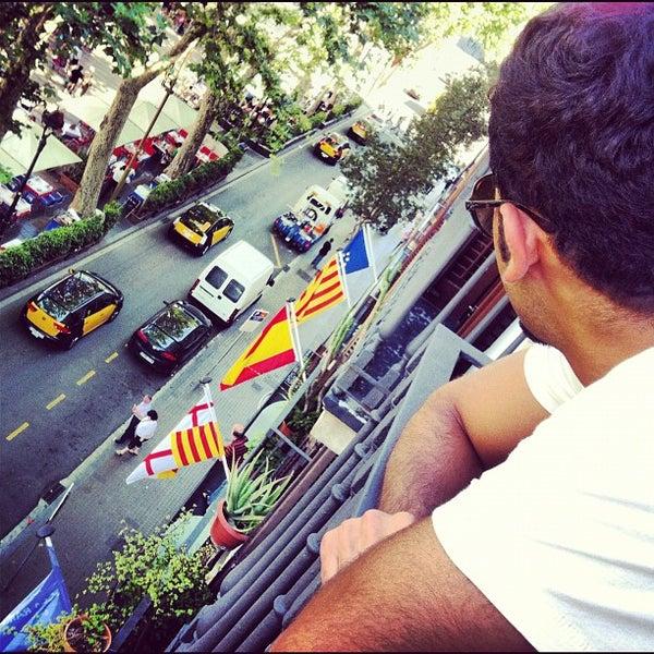 Foto diambil di Hotel Arc La Rambla oleh Hamad A. pada 5/30/2012