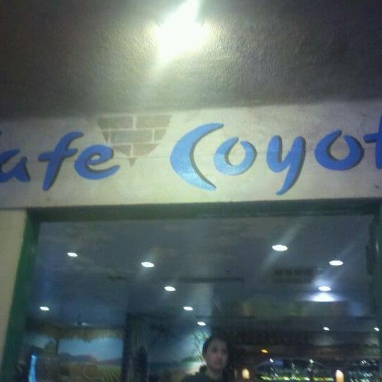 รูปภาพถ่ายที่ Cafe Coyote โดย Maricel P. เมื่อ 3/31/2012