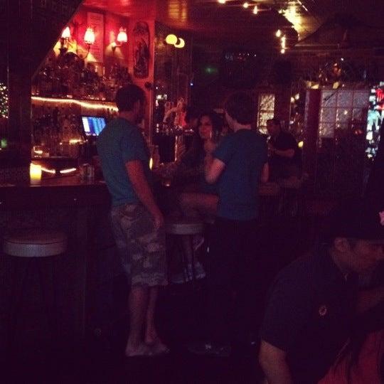 Снимок сделан в Barramundi Bar пользователем Major Z. 5/30/2012