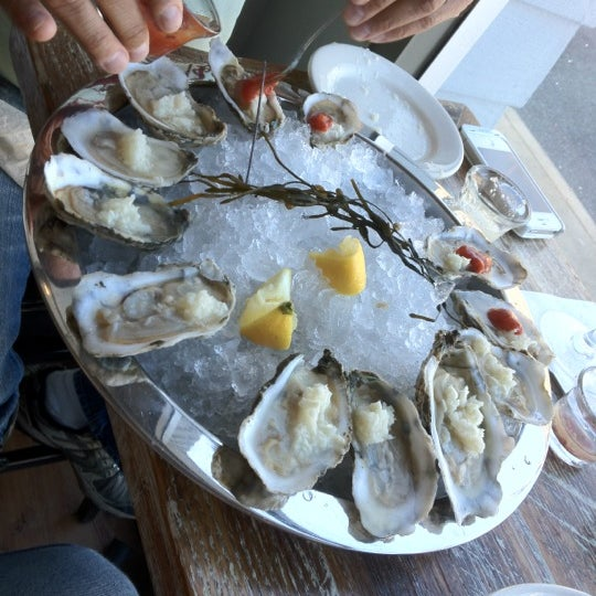 Photo prise au Henlopen City Oyster House par Ed G. le4/2/2012