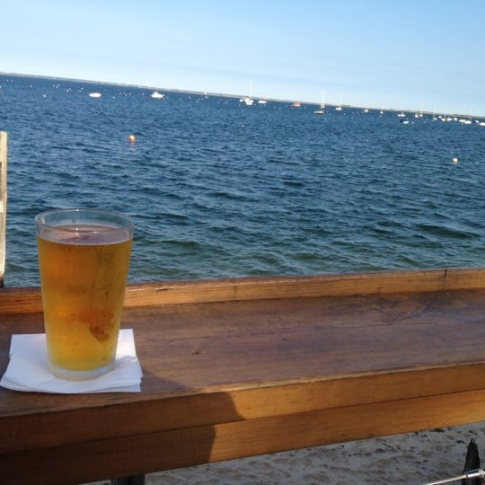 Foto scattata a Aqua Bar da Sarah M. il 6/11/2012