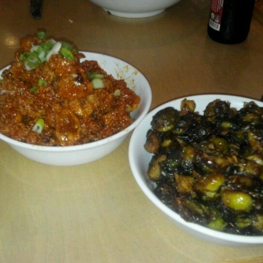 Das Foto wurde bei Sakaya Kitchen von Judy F. am 7/15/2012 aufgenommen