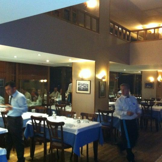 7/10/2012에 Burhan A.님이 Cunda Balık Restaurant에서 찍은 사진