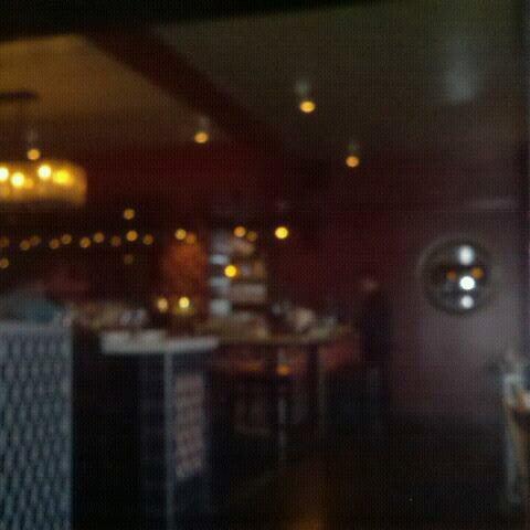 Foto tomada en Tapas Adela por Carolyn B. el 8/17/2012