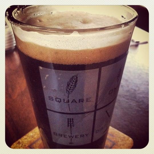 Das Foto wurde bei Square One Brewery & Distillery von Kevin Z. am 4/28/2012 aufgenommen