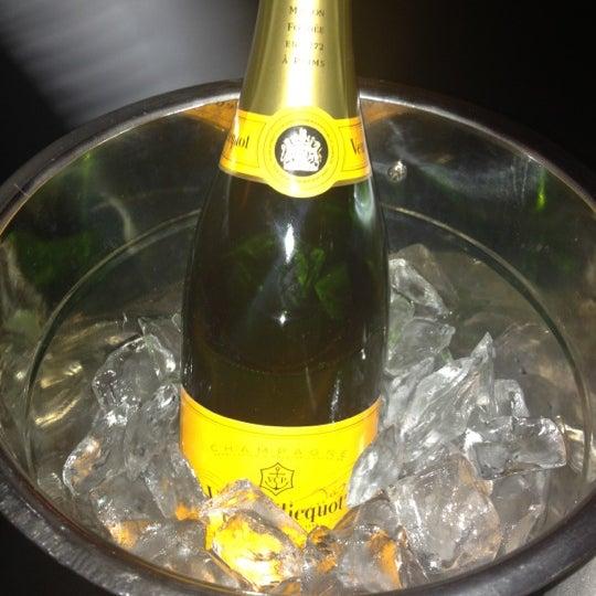 5/19/2012にJulie L.がLes Zygomates Wine Bar Bistroで撮った写真