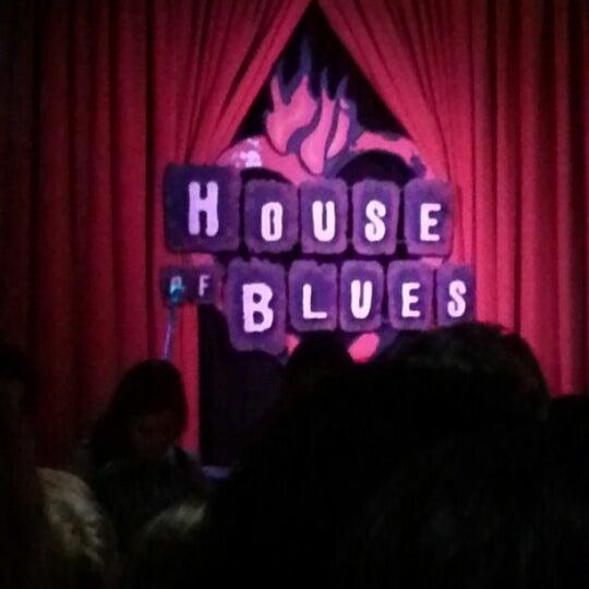 Foto diambil di House of Blues oleh Steven K. pada 9/6/2012