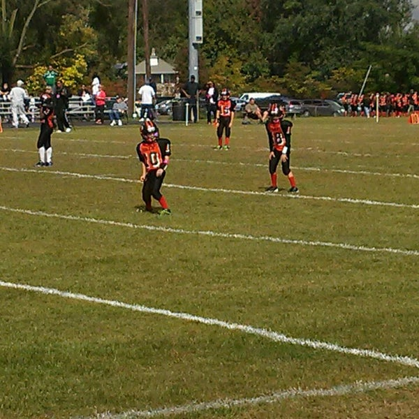 Pop Warner Field. Uncategorized. South Plainfield 02ba00781