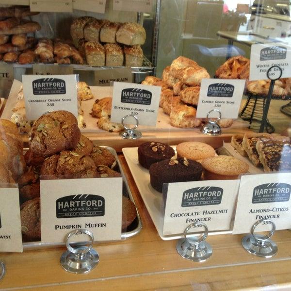 3/1/2013에 Celeste Z.님이 Hartford Baking Company에서 찍은 사진