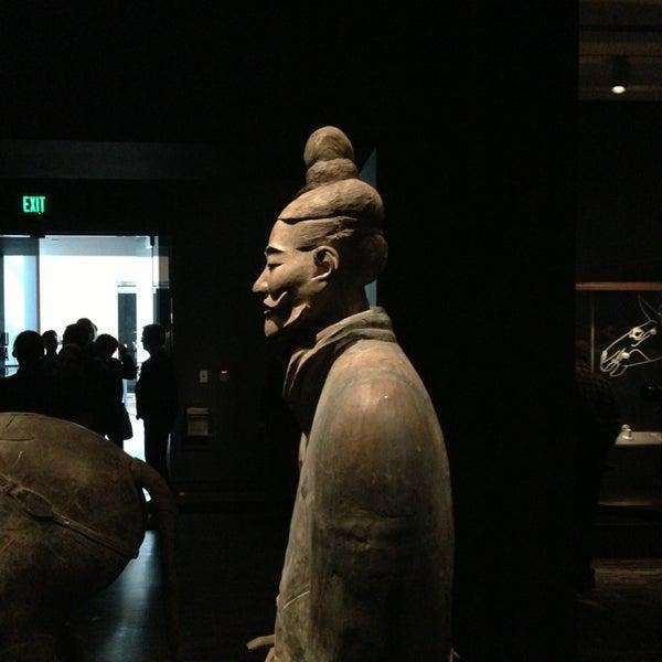 3/30/2013 tarihinde Patrick E.ziyaretçi tarafından Asian Art Museum'de çekilen fotoğraf
