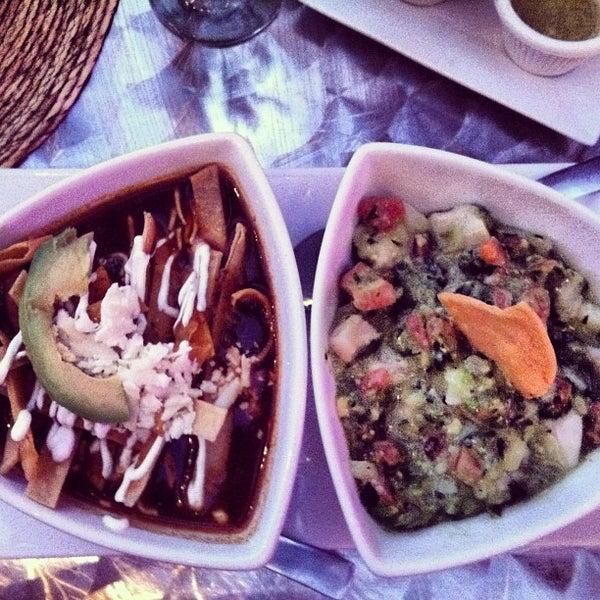 Foto tirada no(a) The MexZican Gourmet por Michelle L. em 11/10/2012