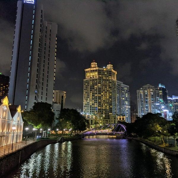 Foto diambil di Singapore River oleh John A. pada 2/21/2021