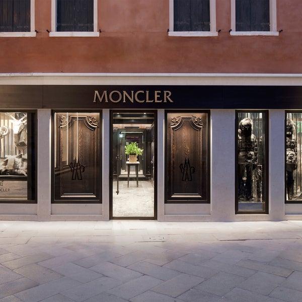 moncler venezia