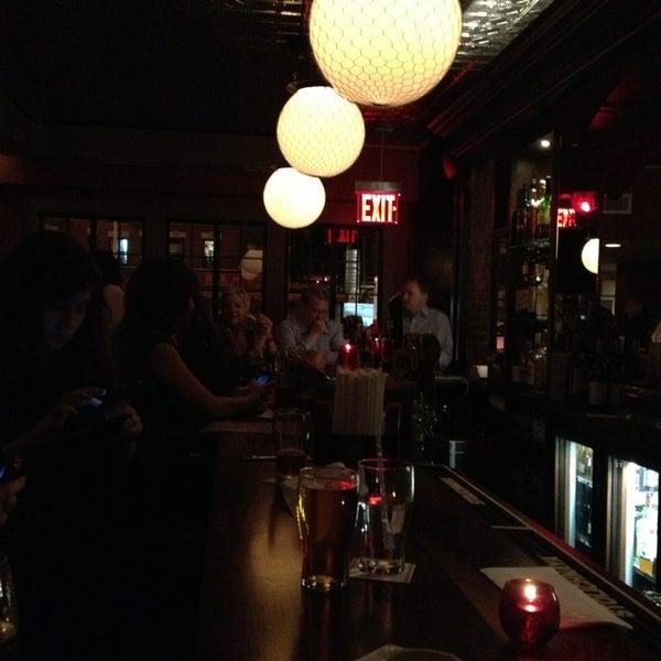 1/11/2013 tarihinde Melanie T.ziyaretçi tarafından One Mile House'de çekilen fotoğraf