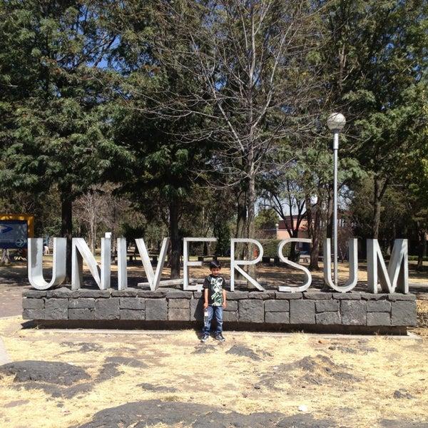 รูปภาพถ่ายที่ Universum, Museo de las Ciencias โดย Cris E. เมื่อ 2/3/2013