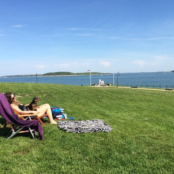 6/2/2014 tarihinde Jon W.ziyaretçi tarafından Castle Island'de çekilen fotoğraf
