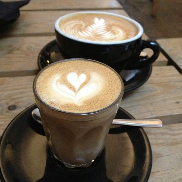 Photo prise au Kaffeine par ST le7/28/2013