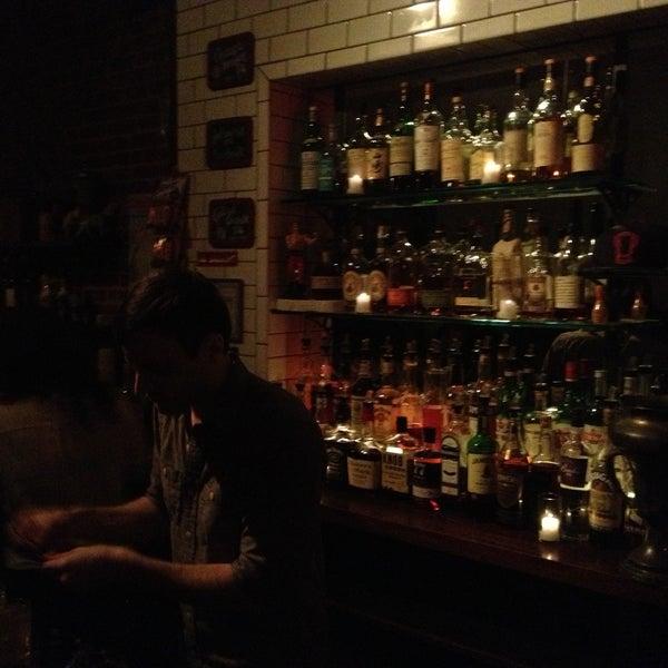 5/2/2013にBrad S.がTrophy Barで撮った写真