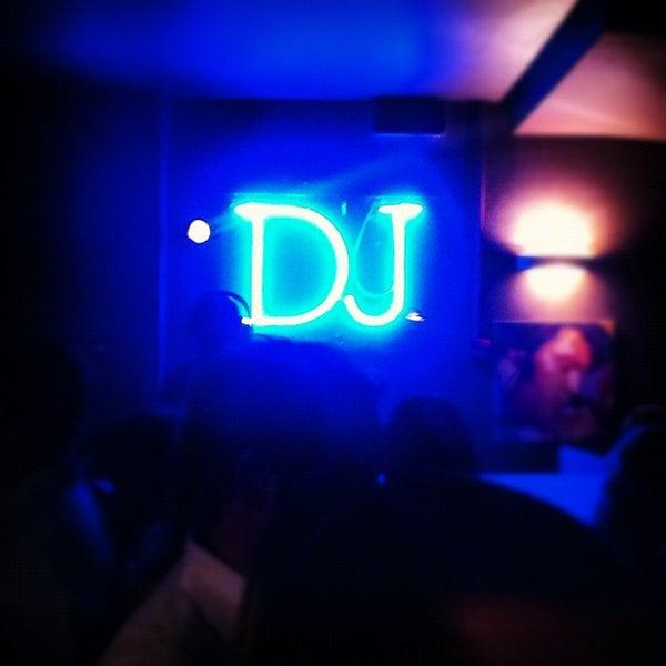 รูปภาพถ่ายที่ Bobino Club โดย Marco P. เมื่อ 9/29/2012