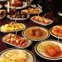 Foto scattata a Tasca Spanish Tapas Restaurant & Bar da Tasca Spanish Tapas Restaurant & Bar il 11/12/2014