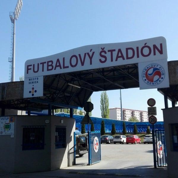 Foto tirada no(a) Štadión FK Senica por Petr K. em 4/20/2018