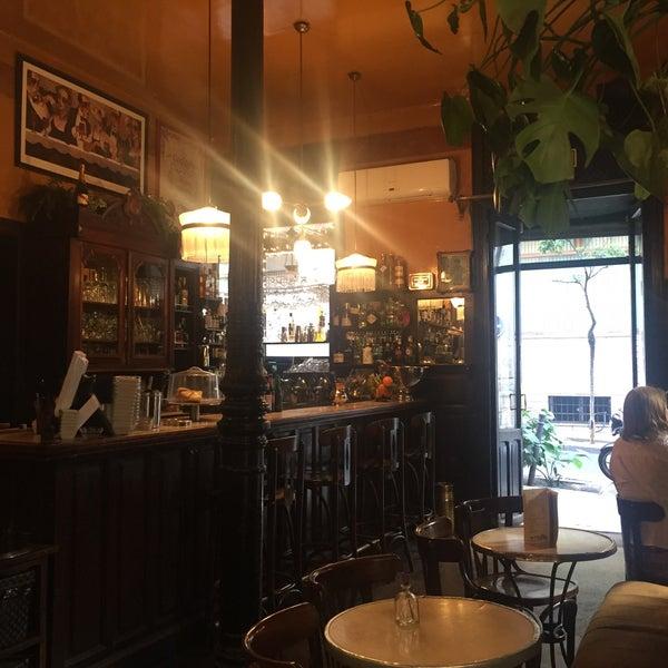 Photo prise au Café de Ruiz par Jessica j. le10/9/2016