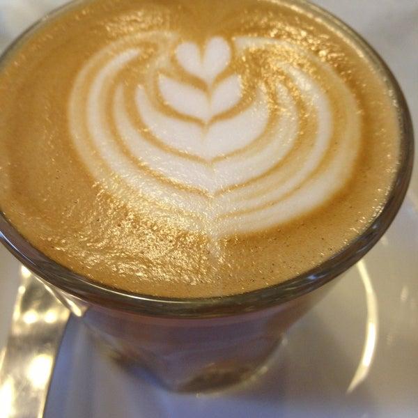5/3/2013にLilla J.がTamp & Pull Espresso Barで撮った写真