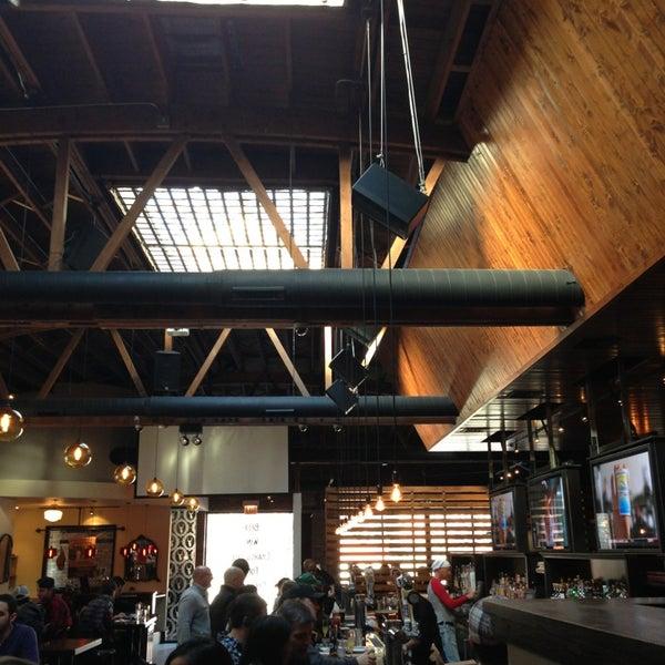 Das Foto wurde bei Old Town Social von Waterlily T. am 1/1/2013 aufgenommen