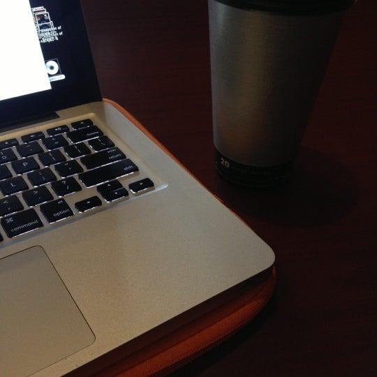 11/5/2012에 Amanda B.님이 Silverbird Espresso에서 찍은 사진