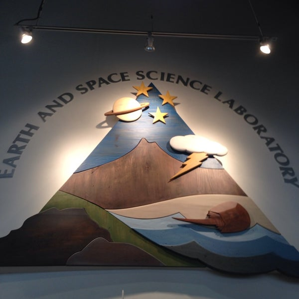 Photos at Earth and Space Science Lab - 2 tips