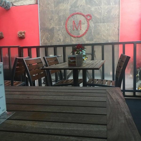 Foto tirada no(a) Momentto Café 100% Colombiano por Alejandro N. em 12/13/2016