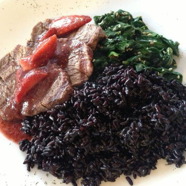 Foto diambil di Bien! Gastronomia Funcional oleh Ana R. pada 4/17/2014