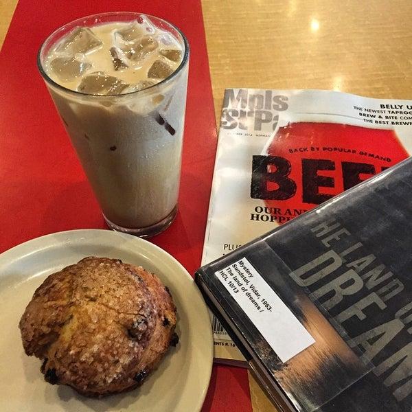 9/26/2014에 Janelle N.님이 Peace Coffee Shop에서 찍은 사진