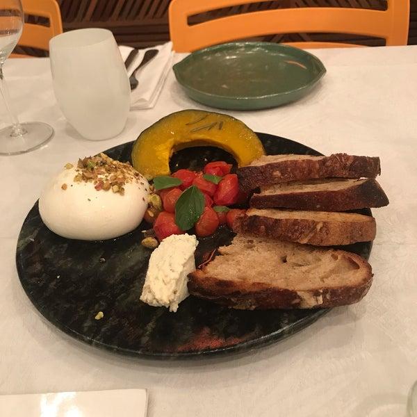 Foto tirada no(a) MIMO Restaurante por Renata C. em 8/16/2019