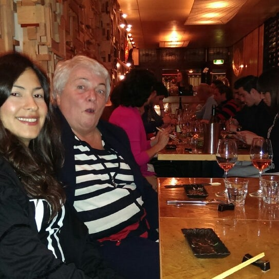 Das Foto wurde bei Mochi Restaurant von Hilda O. am 10/12/2013 aufgenommen