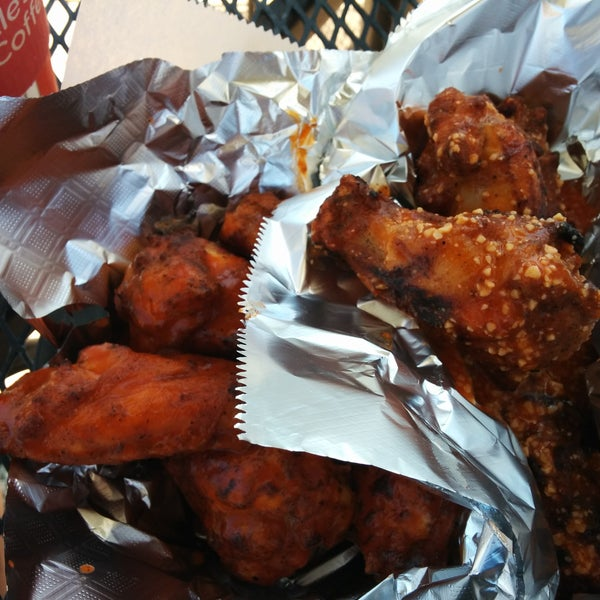 Hot garlic buffalo wings are excellent.