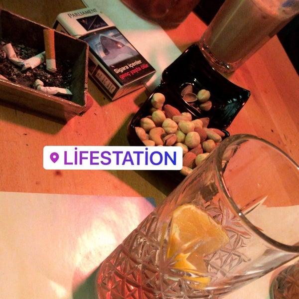 Снимок сделан в Life Station пользователем Kenan Can S. 12/5/2019