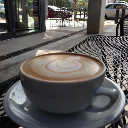 10/12/2012にPatrick V.がCondesa Coffeeで撮った写真