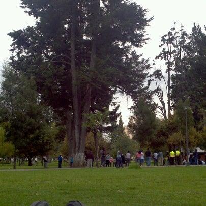 Foto diambil di Parque El Ejido oleh Franklin P. pada 11/3/2012