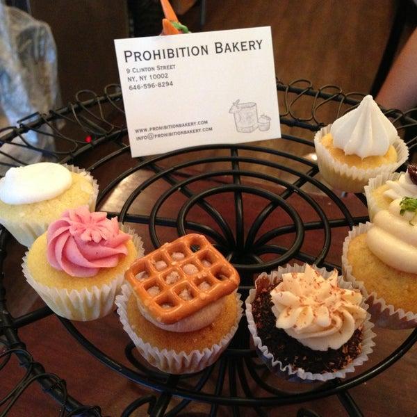 รูปภาพถ่ายที่ Prohibition Bakery โดย Ryan R. เมื่อ 8/13/2013