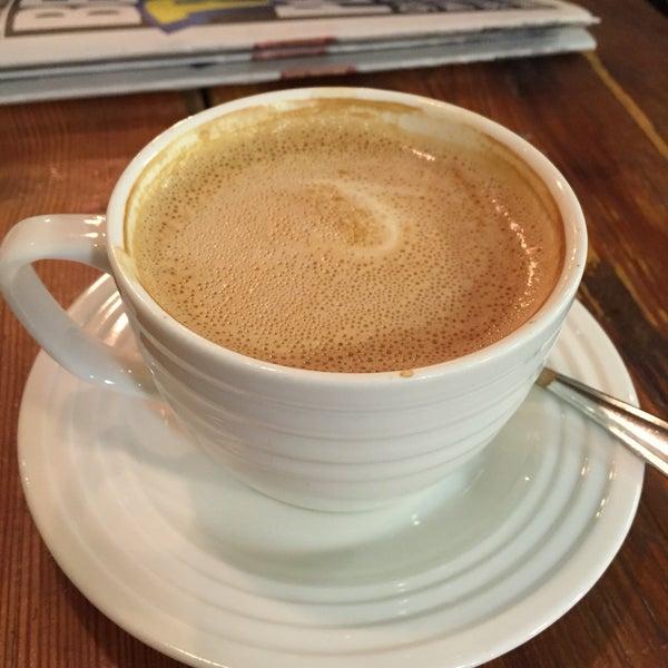 7/30/2016にRyan R.がNolita Mart & Espresso Barで撮った写真