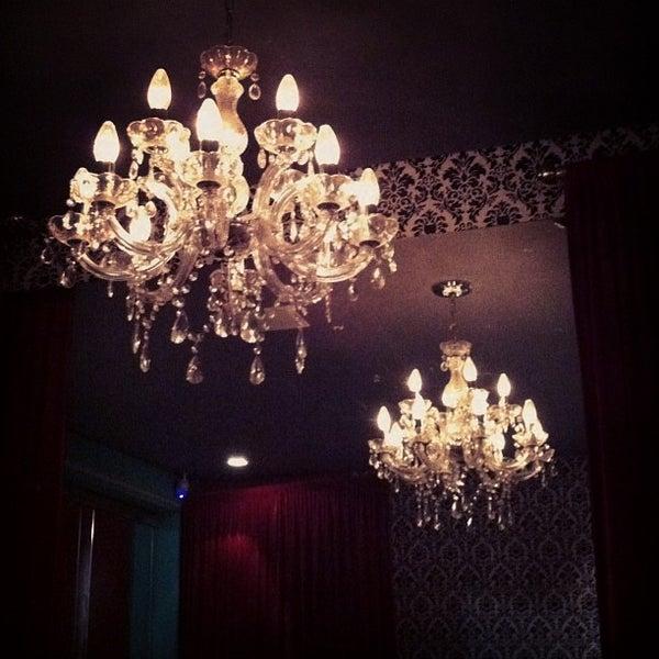 รูปภาพถ่ายที่ Restaurante Almodovar โดย Elisa S. เมื่อ 2/6/2013