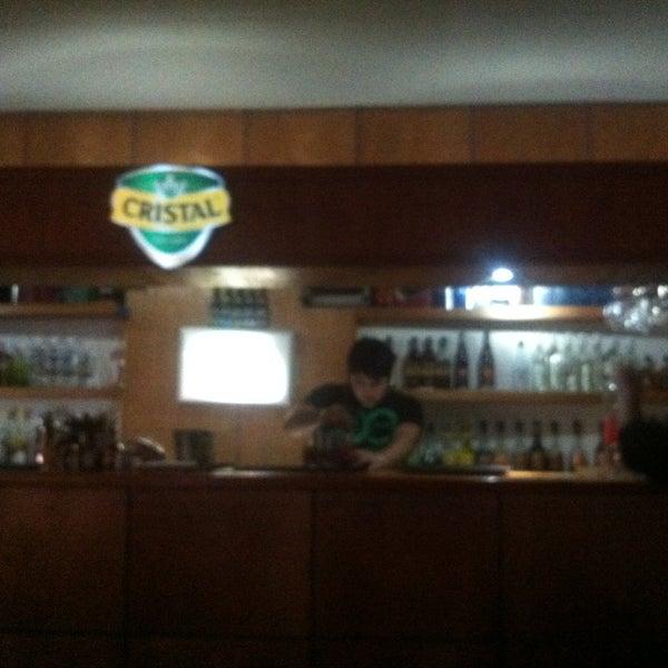Foto diambil di Arica Restobar oleh Claudio A. pada 5/15/2013