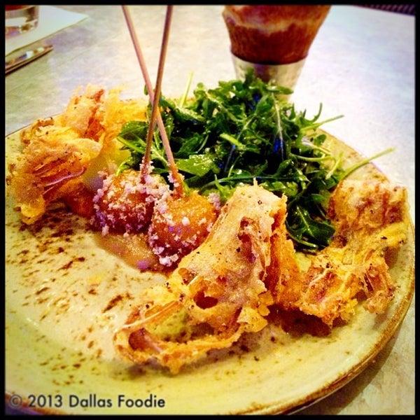 1/27/2013 tarihinde Dallas Foodie (.ziyaretçi tarafından Stampede 66 By Stephan Pyles'de çekilen fotoğraf