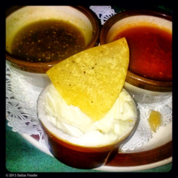 6/26/2013にDallas Foodie (.がJavier's Gourmet Mexicanoで撮った写真