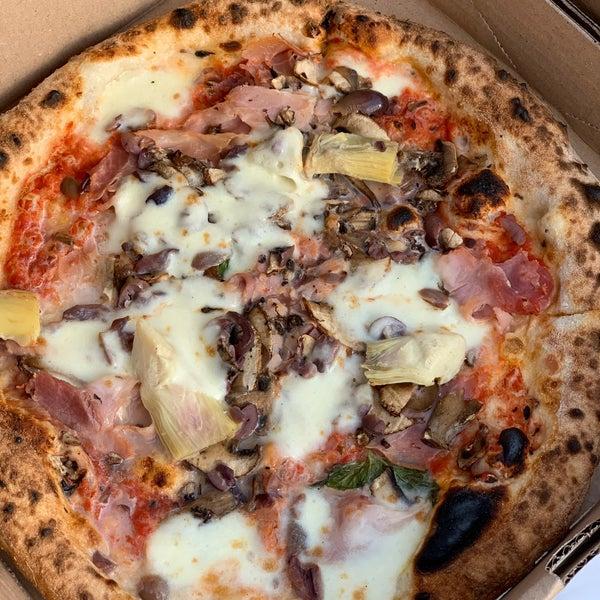 รูปภาพถ่ายที่ Sottocasa Pizzeria โดย Adam Y. เมื่อ 6/6/2020